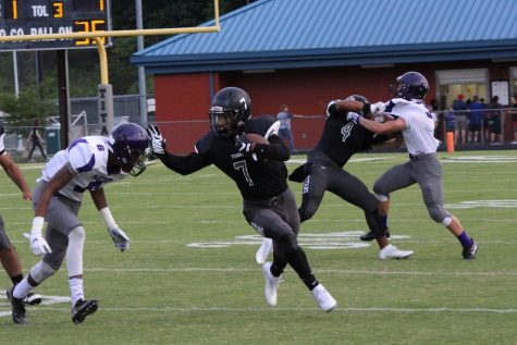 Dominion Football Takes on Amherst in Historic Playoff Faceoff