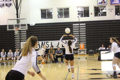 Game of the Week: Volleyball vs. Heritage on Thursday